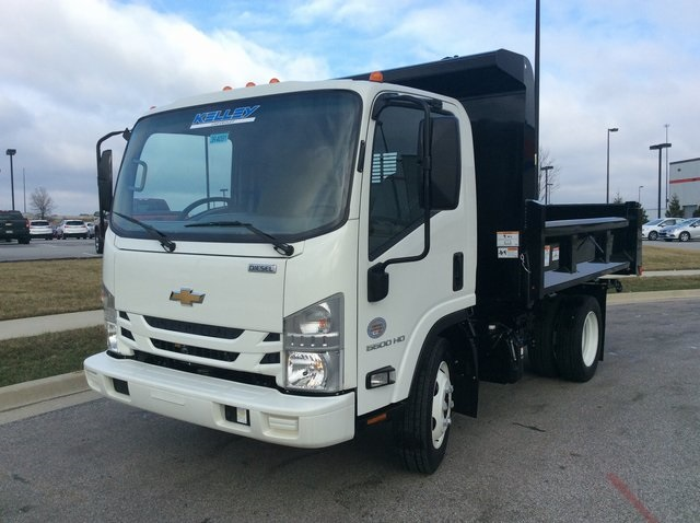 2017 LCF 5500HD Regular Cab 4x2,  Rugby Dump Body #3R4091 - photo 4