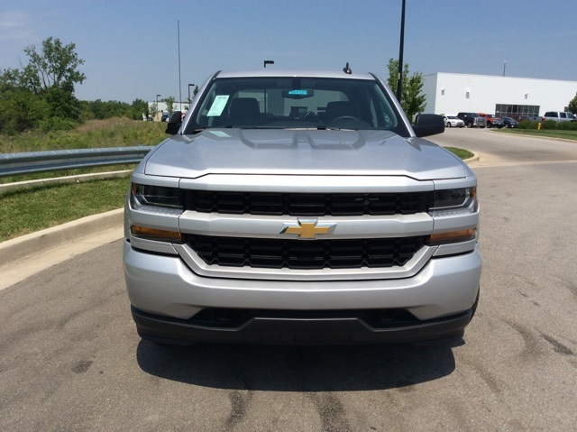 2018 Silverado 1500 Crew Cab 4x4,  Pickup #3S5121 - photo 4