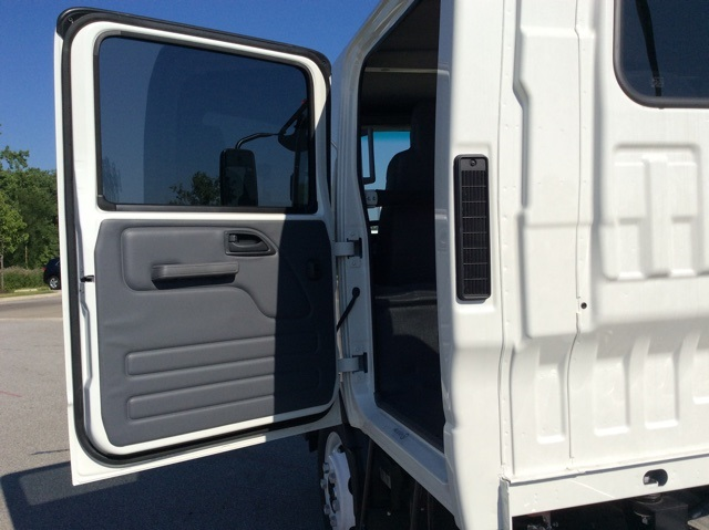 2018 LCF 4500 Crew Cab,  Cab Chassis #3S5624 - photo 30