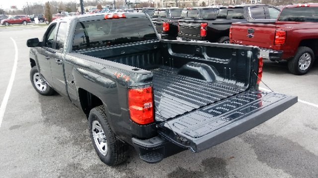 2019 Silverado 1500 Double Cab 4x4,  Pickup #3T4168 - photo 9
