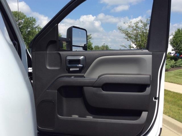 2020 Silverado 6500 Regular Cab DRW 4x2,  Cab Chassis #3U5262 - photo 22