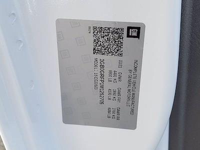 2021 Express 3500 4x2,  Cutaway #252705 - photo 17