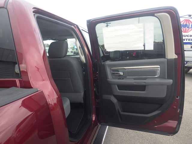 2016 Ram 1500 Crew Cab 4x4, Pickup #DG299 - photo 40