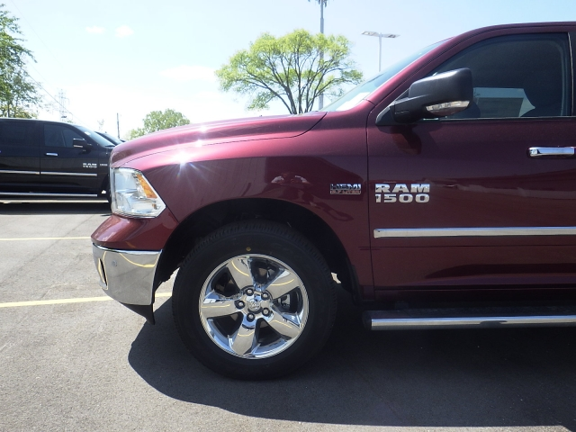 2016 Ram 1500 Crew Cab 4x4, Pickup #DG300 - photo 10