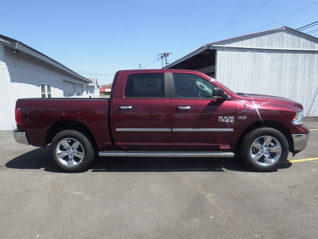 2016 Ram 1500 Crew Cab 4x4, Pickup #DG300 - photo 3