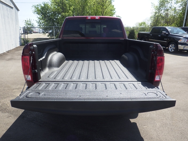 2016 Ram 1500 Crew Cab 4x4, Pickup #DG300 - photo 35