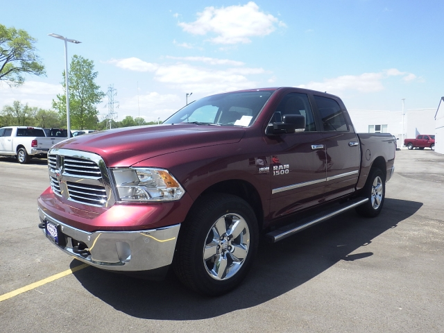 2016 Ram 1500 Crew Cab 4x4, Pickup #DG300 - photo 8