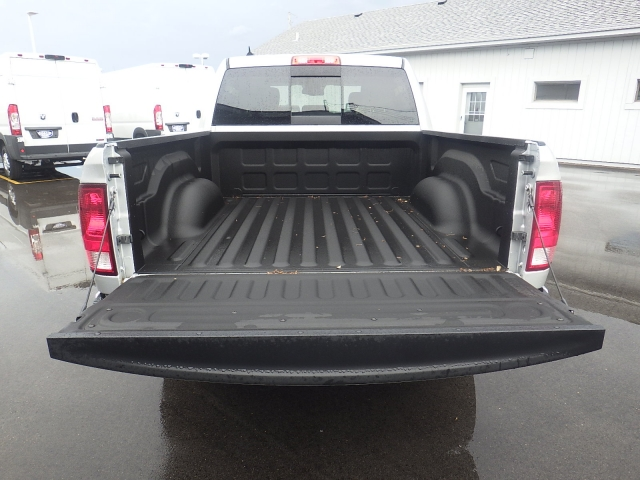 2016 Ram 1500 Crew Cab 4x4, Pickup #DG301 - photo 37