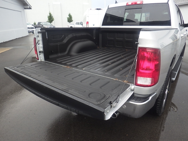 2016 Ram 1500 Crew Cab 4x4, Pickup #DG301 - photo 38