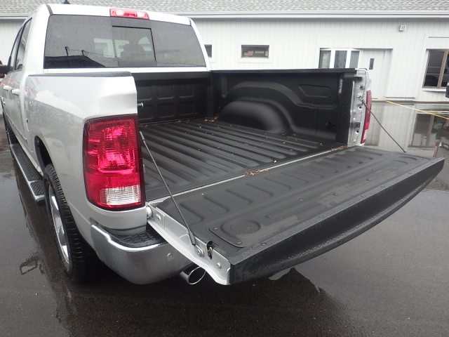 2016 Ram 1500 Crew Cab 4x4, Pickup #DG301 - photo 39