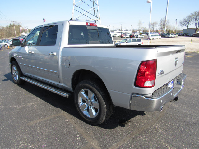 2016 Ram 1500 Crew Cab 4x4, Pickup #DG305 - photo 2
