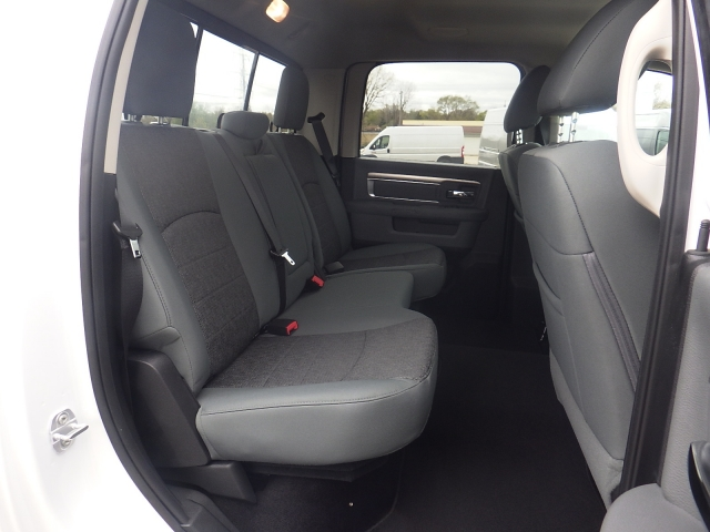 2016 Ram 1500 Crew Cab 4x4, Pickup #DG307 - photo 20