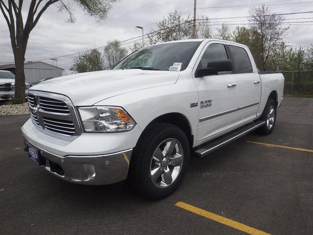 2016 Ram 1500 Crew Cab 4x4, Pickup #DG307 - photo 5