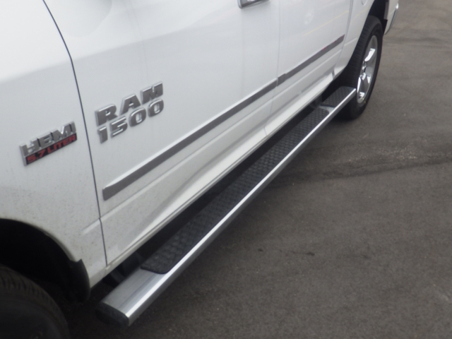 2016 Ram 1500 Crew Cab 4x4, Pickup #DG309 - photo 11