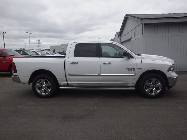 2016 Ram 1500 Crew Cab 4x4, Pickup #DG309 - photo 3