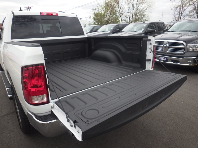 2016 Ram 1500 Crew Cab 4x4, Pickup #DG309 - photo 36