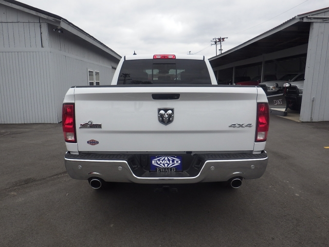 2016 Ram 1500 Crew Cab 4x4, Pickup #DG309 - photo 4