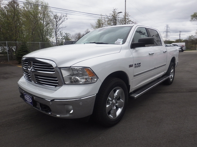2016 Ram 1500 Crew Cab 4x4, Pickup #DG309 - photo 8