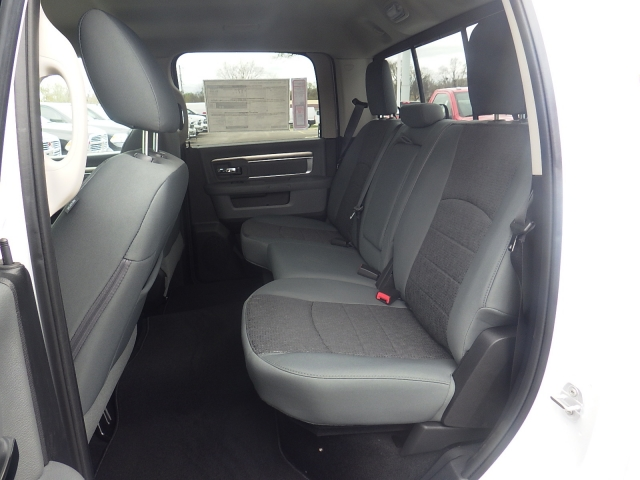 2016 Ram 1500 Crew Cab 4x4, Pickup #DG313 - photo 26