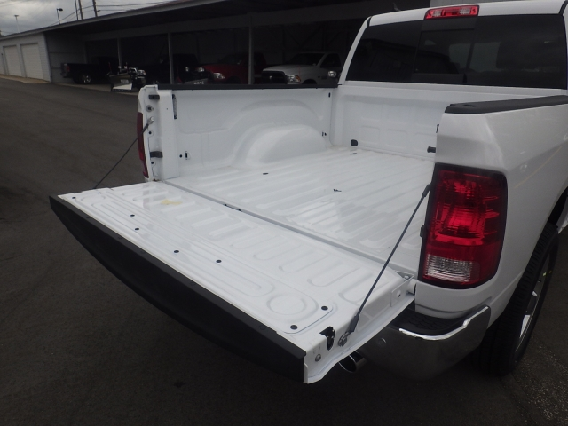 2016 Ram 1500 Crew Cab 4x4, Pickup #DG313 - photo 35