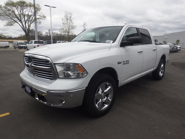 2016 Ram 1500 Crew Cab 4x4, Pickup #DG313 - photo 8