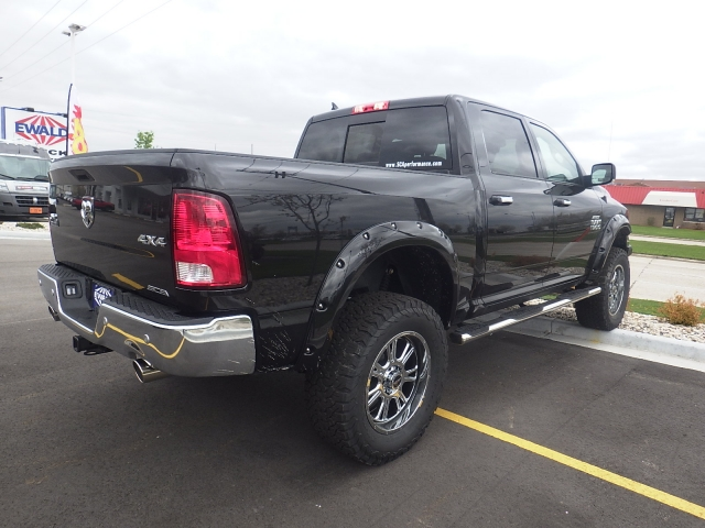 2016 Ram 1500 Crew Cab 4x4, Pickup #DG324 - photo 2