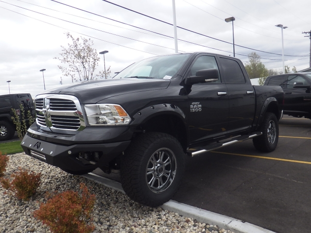 2016 Ram 1500 Crew Cab 4x4, Pickup #DG324 - photo 8