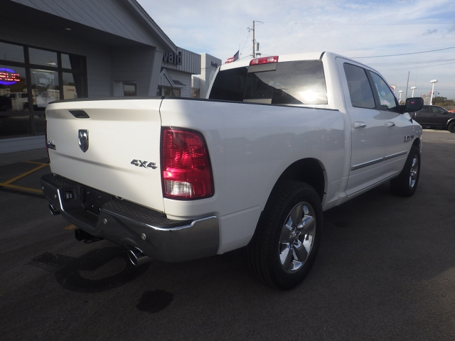 2016 Ram 1500 Crew Cab 4x4, Pickup #DG458 - photo 2