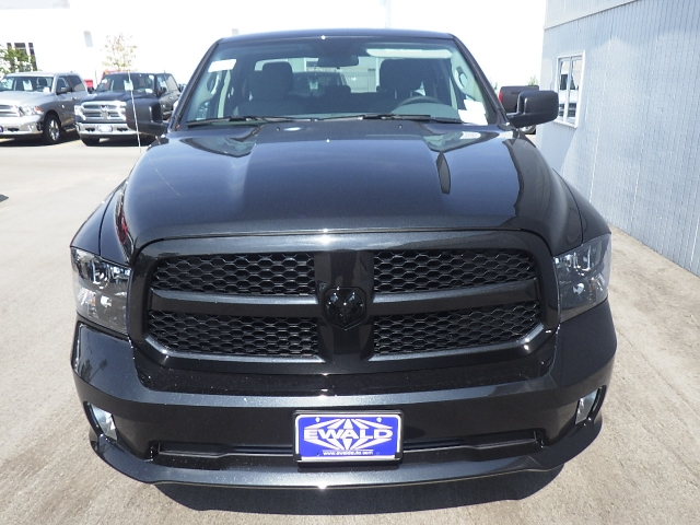 2017 Ram 1500 Quad Cab 4x4, Pickup #DH105 - photo 10