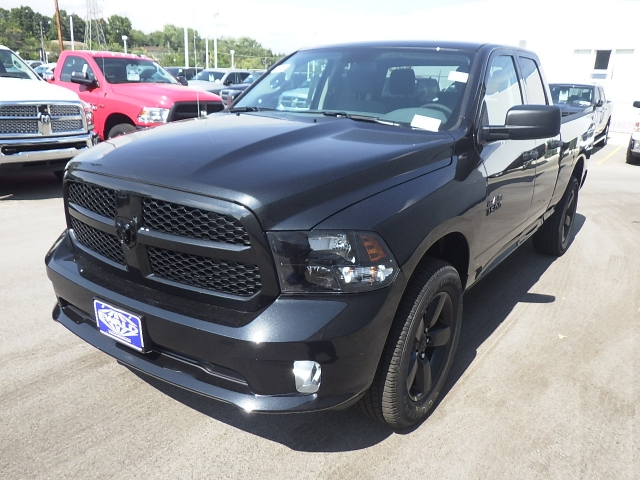 2017 Ram 1500 Quad Cab 4x4, Pickup #DH107 - photo 8