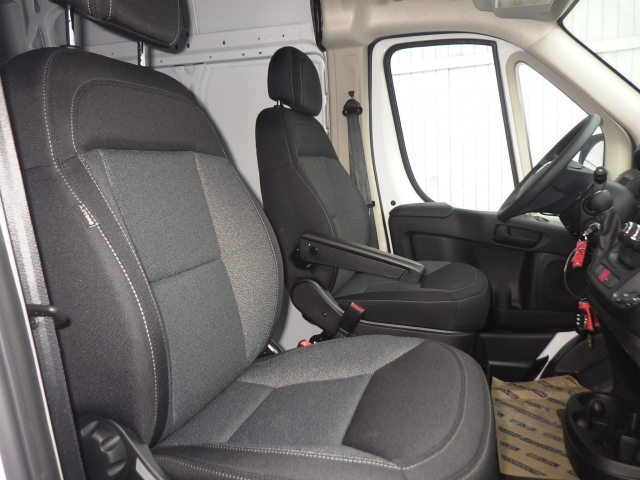 2017 ProMaster 3500, Cargo Van #DH120 - photo 4
