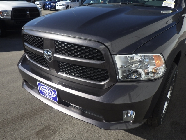 2017 Ram 1500 Quad Cab 4x4, Pickup #DH132 - photo 10