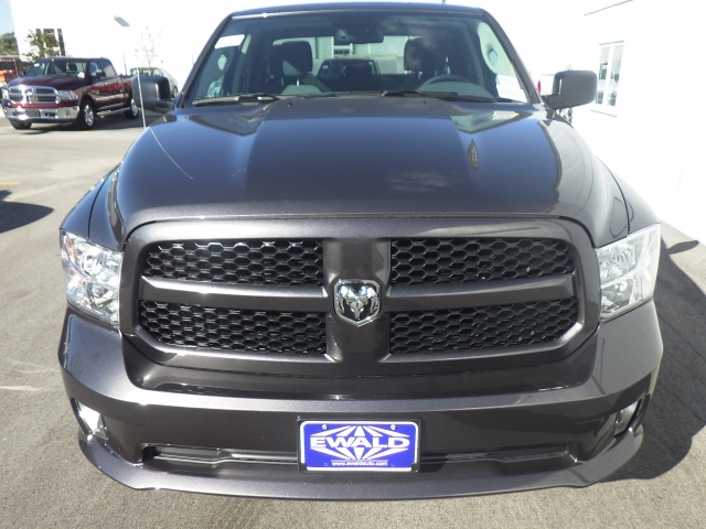 2017 Ram 1500 Quad Cab 4x4, Pickup #DH132 - photo 9