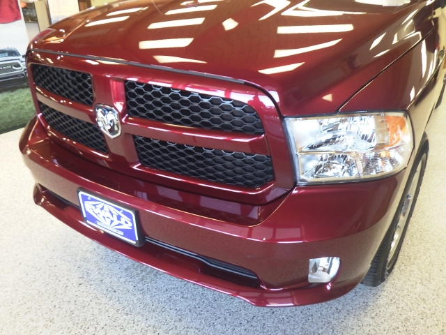 2017 Ram 1500 Quad Cab 4x4, Pickup #DH133 - photo 11