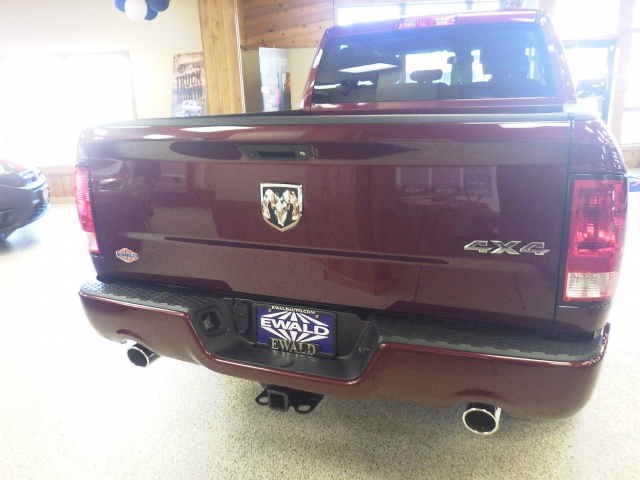2017 Ram 1500 Quad Cab 4x4, Pickup #DH133 - photo 4