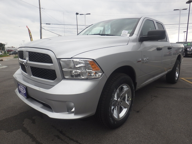 2017 Ram 1500 Quad Cab 4x4, Pickup #DH135 - photo 8