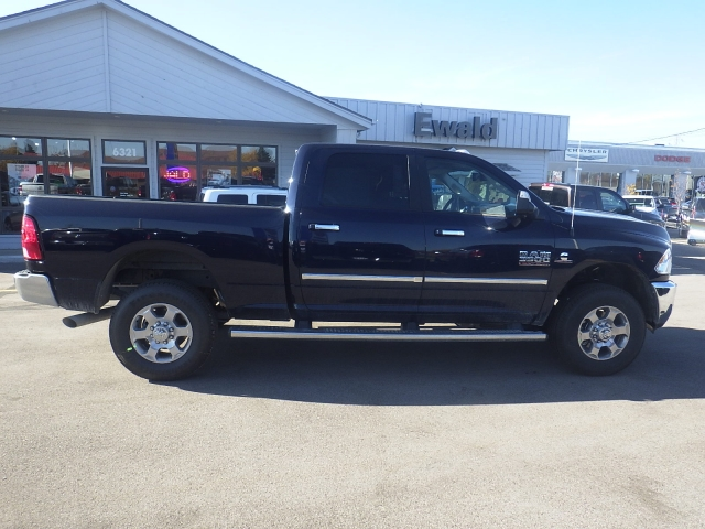 2017 Ram 3500 Crew Cab 4x4, Pickup #DH139 - photo 3
