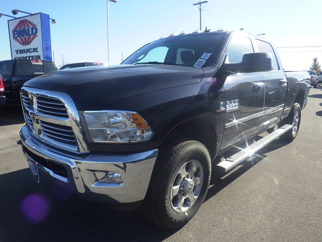 2017 Ram 3500 Crew Cab 4x4, Pickup #DH139 - photo 8