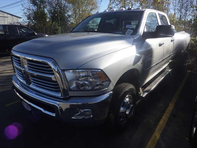2017 Ram 3500 Crew Cab DRW 4x4, Pickup #DH140 - photo 4