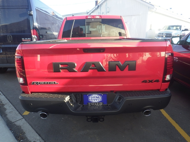 2017 Ram 1500 Crew Cab 4x4, Pickup #DH195 - photo 4