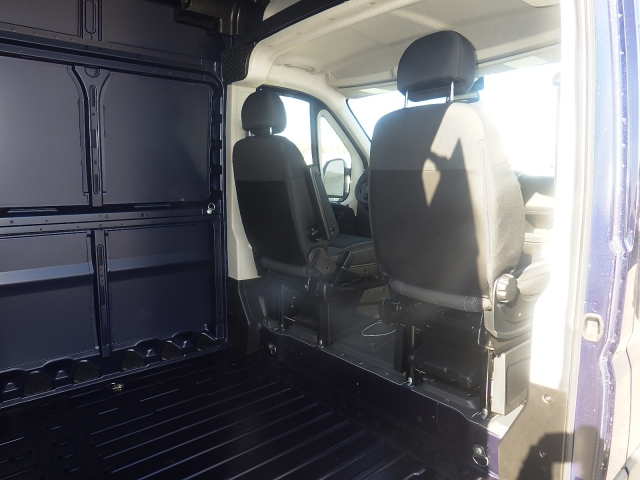 2017 ProMaster 2500, Cargo Van #DH199 - photo 32