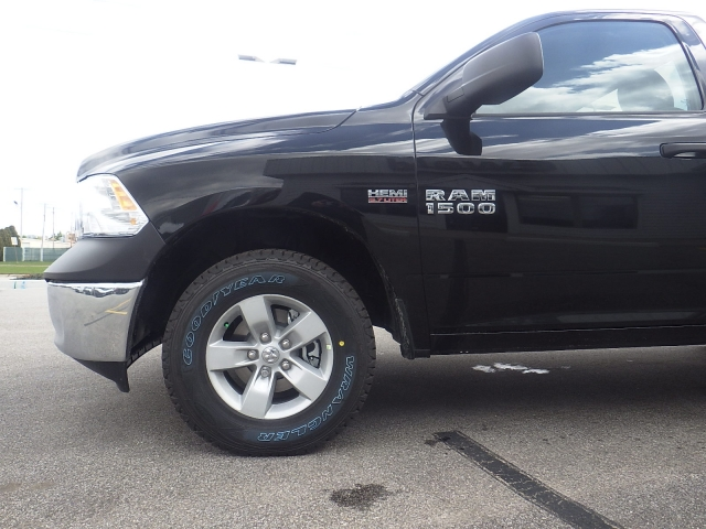 2017 Ram 1500 Regular Cab 4x4, Pickup #DH253 - photo 10
