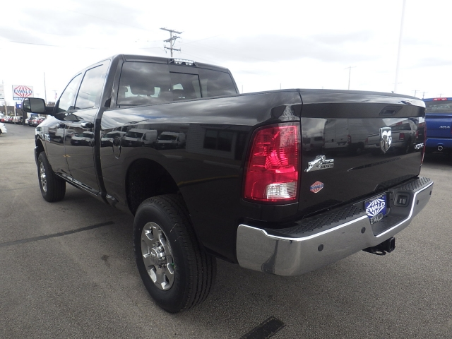 2017 Ram 2500 Crew Cab 4x4, Pickup #DH263 - photo 5