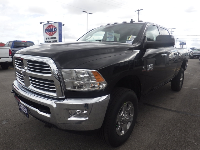 2017 Ram 2500 Crew Cab 4x4, Pickup #DH263 - photo 7