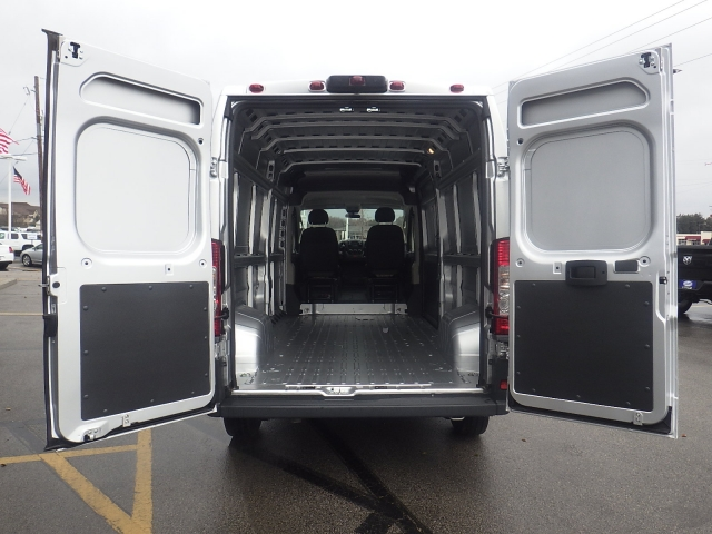 2017 ProMaster 2500 High Roof Cargo Van #DH300 - photo 27