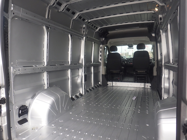 2017 ProMaster 2500 High Roof Cargo Van #DH300 - photo 29