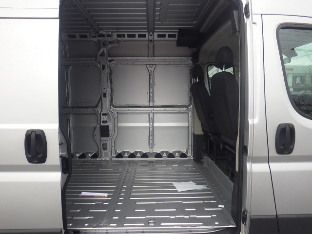 2017 ProMaster 2500 High Roof Cargo Van #DH300 - photo 32