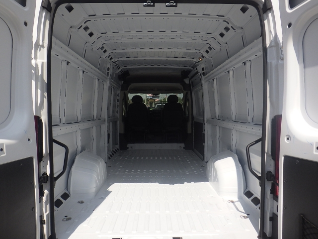 2017 ProMaster 3500 High Roof Cargo Van #DH301 - photo 28