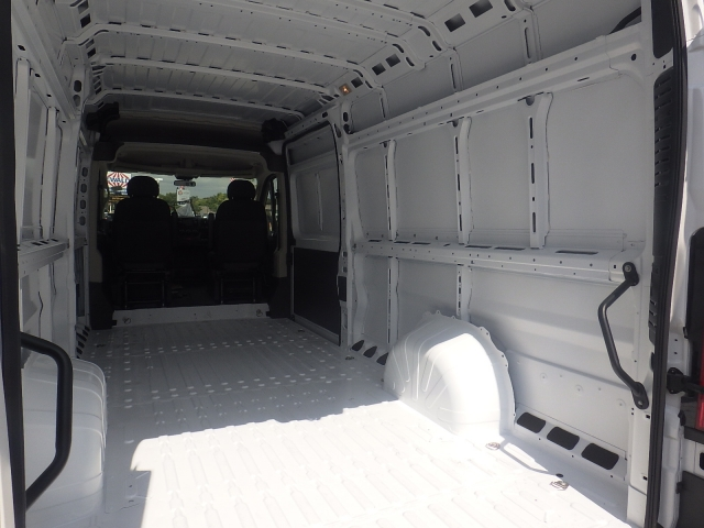 2017 ProMaster 3500 High Roof Cargo Van #DH301 - photo 29