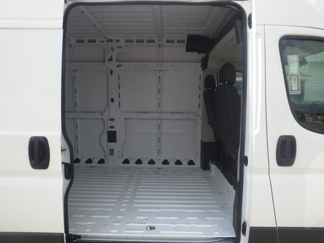 2017 ProMaster 3500 High Roof Cargo Van #DH301 - photo 32